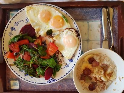 Breakfast_with_Eggs_Veg_Yogurt_Almonds_B