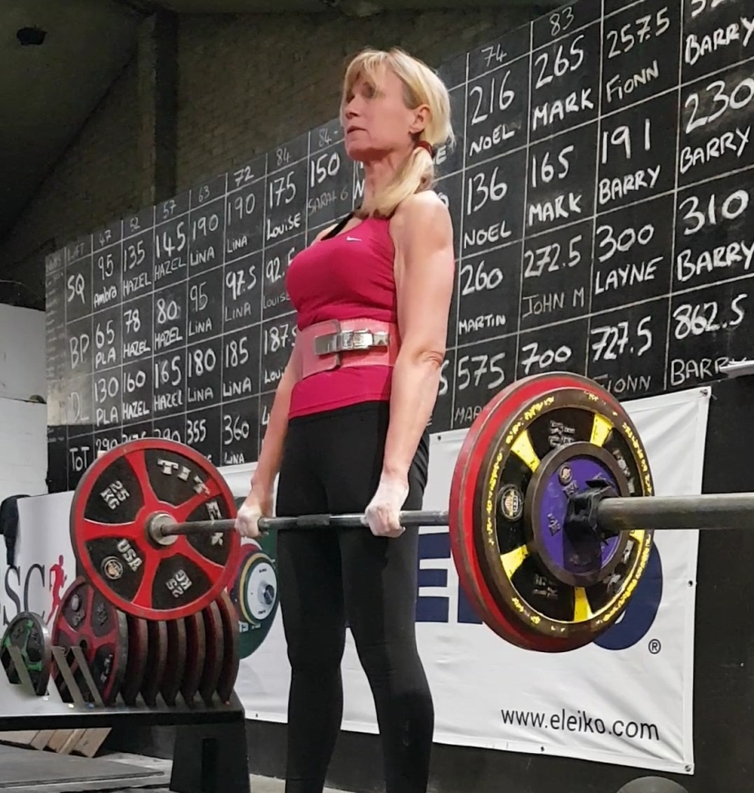 """Preparing for the European Powerlifting Championship – Hoping for """"Good Lifts"""" and """"3 whitelights"""""""