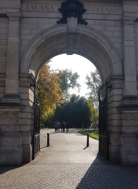 Entrance to St. Stephen's Green